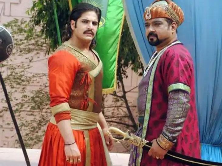 अभिनेते लोकेंद्र सिंह राजावत यांच्यावर ओढावली कठीण परिस्थिती, म्हणाले - तणावामुळे मधुमेह वाढला आणि मग गँगरीनमुळे जीव वाचवण्यासाठी पाय कापावा लागला|टीव्ही,TV - Divya Marathi