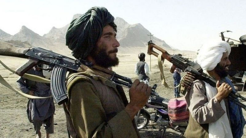 अफगाणिस्तानात सत्तेवर असलेल्या तालिबान संघटनेला 2001 मध्ये अमेरिकेने बाहेरचा रस्ता दाखवला होता. पण हळूहळू या संघटनेने स्वतःची पाळेमुळे पुन्हा देशात रोवली.