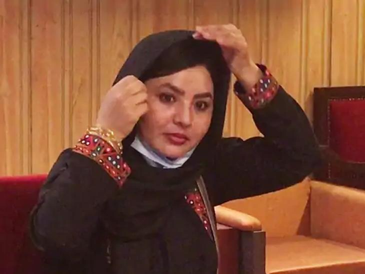 फौजाना अफगाणिस्तानातील वारदाक येथील राहणारी आहे आणि गेल्या तीन वर्षांपासून ती पुण्यात राहत आहे.