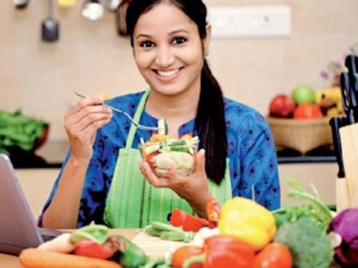 रंगीत फळे-भाज्या आहारात समाविष्ट केल्यास हृदयविकाराचा धोका 30% पर्यंत होईल कमी|हेल्थ,Health - Divya Marathi