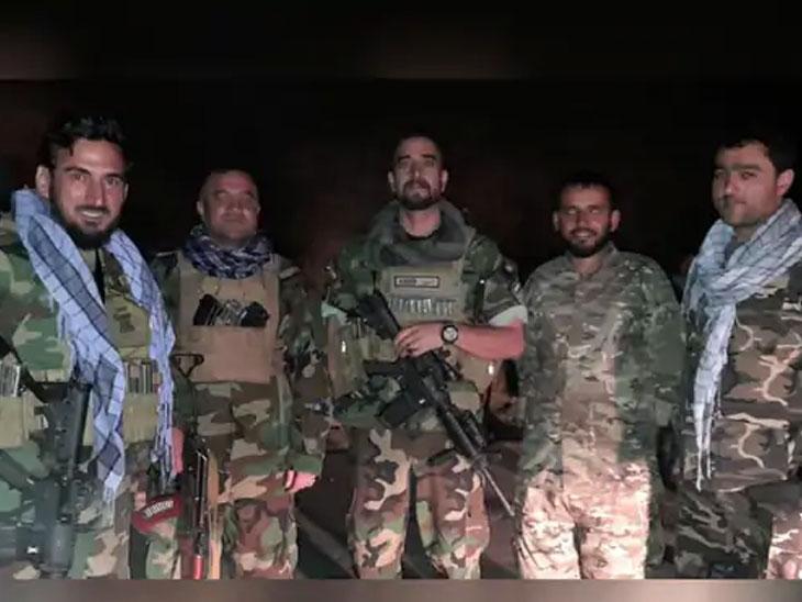 हे अफगाण सैन्याचे जवान आहेत जे अलीकडेच पंजशीरला पोहोचले होते. पंजशीरच्या लढवय्यांनी आतापर्यंत तालिबानला शरण गेले नाही.
