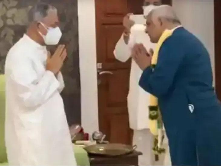 अदलज येथील दादा भगवान मंदिरात भूपेंद्र पटेल.