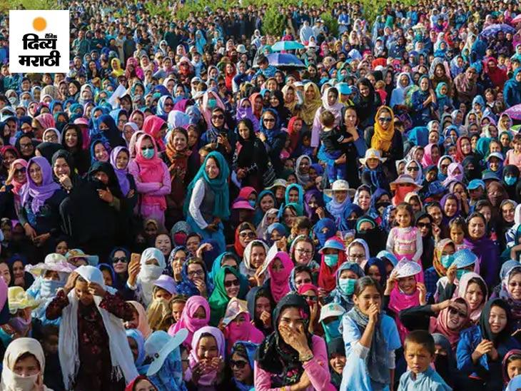 हे फोटो पोस्ट करताना एका युजरने लिहिले - या अफगाणिस्तानच्या बामियानमधील ग्रामीण महिला आहेत. आमच्या स्त्रिया रंगांनी भरलेल्या आणि चैतन्यशील आहेत.