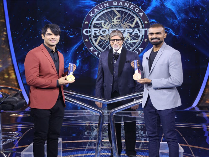 ऑलिम्पिक सुवर्ण पदक विजेता नीरज चोप्राने सांगितले भाला फेक खेळ निवडण्यामागचे कारण, म्हणाला - काकांमुळे खेळाकडे वळलो|टीव्ही,TV - Divya Marathi