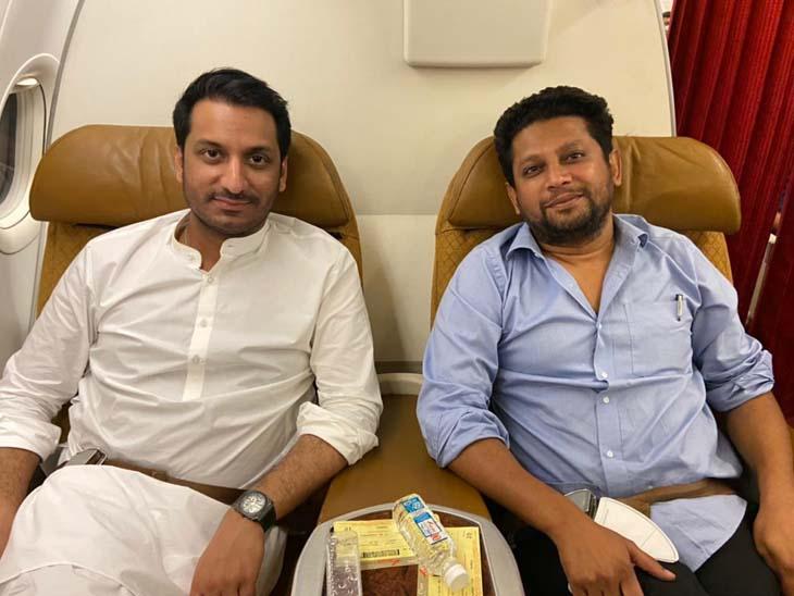 विखे आणि पवारांची 'सीमांपलीकडील मैत्री', विमानतळावरील फोटो केला शेअर; राजकीय तर्क- वितर्कांना उधाण महाराष्ट्र,Maharashtra - Divya Marathi
