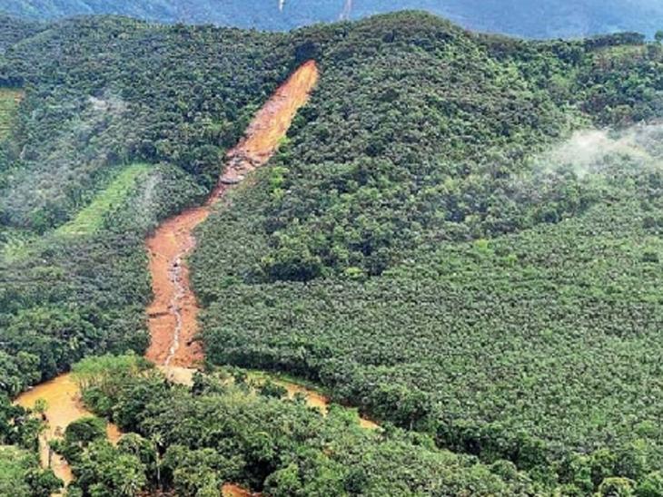 प्रलयंकारी पाऊस : केरळमध्ये डोंगर चिरून तयार झाली नदी, हिमाचल-उत्तराखंडमध्ये हिमवृष्टी|देश,National - Divya Marathi