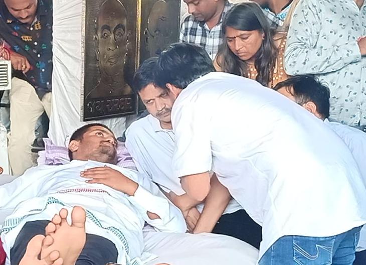 હાર્દિકના ઉપવાસના 3 મુદ્દાને લઈને દૂત નરેશ પટેલ ગાંધીનગર નહીં જાય, પાટીદાર સંસ્થાઓ સાથે કરશે મંથન|ગાંધીનગર,Gandhinagar - Divya Bhaskar
