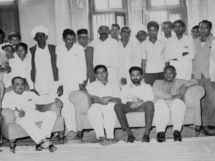 રાજકોટના રાજવી મનોંહરસિંહજી ગુજરાત રાજકારણમાં પણ સક્રિય હતા, નાણામંત્રી સહિત કેબિનેટના હોદ્દાઓ શોભાવ્યા છે  - Divya Bhaskar
