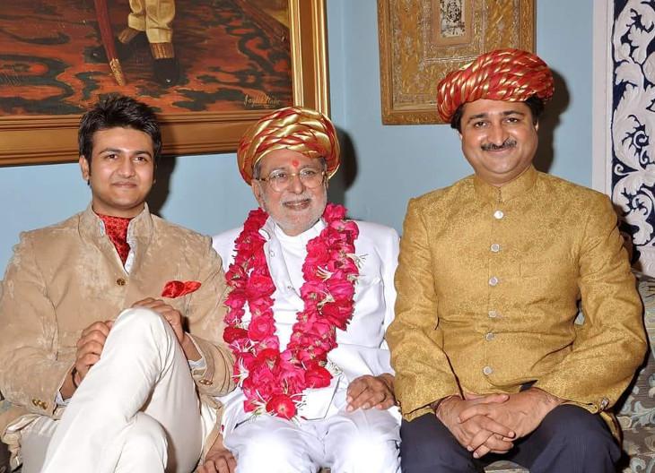 રાજકોટના રાજવી મનોહરસિંહજી જાડેજાની તબીયત નાજુક, પરિવારને બોલાવી લેવાયો  - Divya Bhaskar