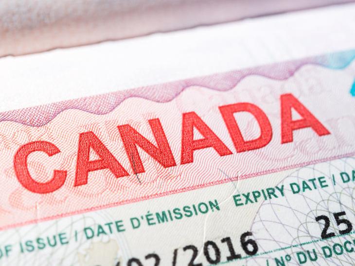 અમદાવાદમાં કેનેડાના વર્ક પરમિટ વિઝા અપાવવાનું કહીને એજન્ટ 22 લાખ લઇ થયો ફરાર  - Divya Bhaskar
