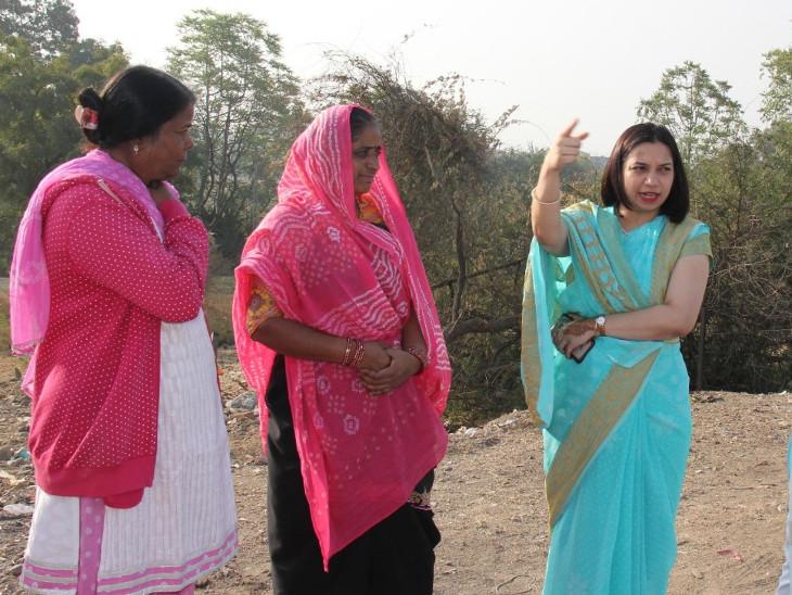 પ્રેરણા/ રાજકોટ કલેક્ટરના પત્નીએ શાળા દત્તક લીધી, જીઓગ્રાફી, સાયન્સ, મેથેમેટિક્સની સ્માર્ટ લર્નિંગ લેબ બનશે|ઈન્ડિયા,National - Divya Bhaskar