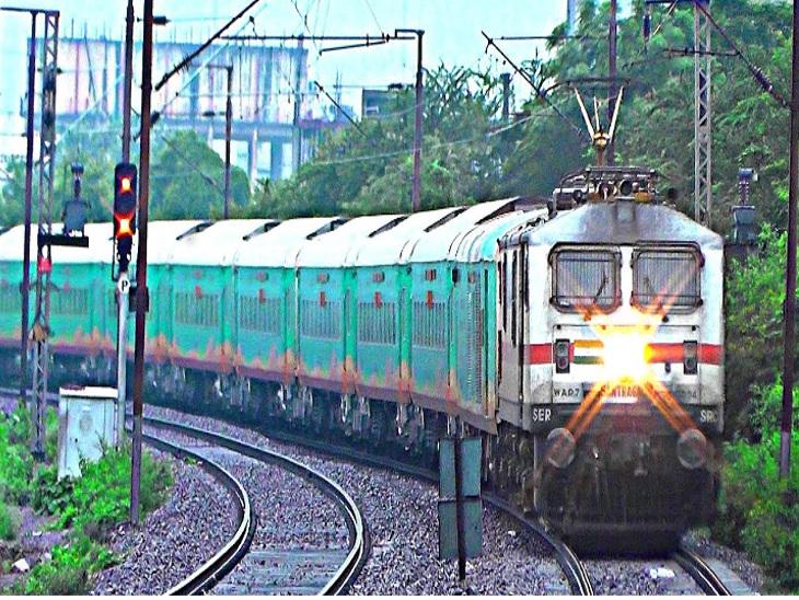 નવા વર્ષથી જામનગર-મુંબઈ વચ્ચે 'હમસફર ટ્રેન' દોડશે મુંબઇ,Mumbai - Divya Bhaskar