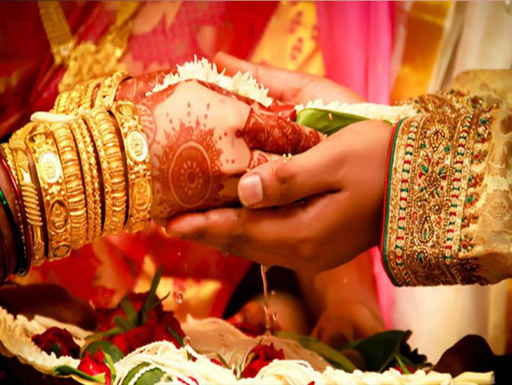 મુંબઈ/ થાણેના ગુજરાતી પરિવારની દીકરીનાં લગ્ન સમયે પિતા રહસ્યમય રીતે ગુમ મુંબઇ,Mumbai - Divya Bhaskar