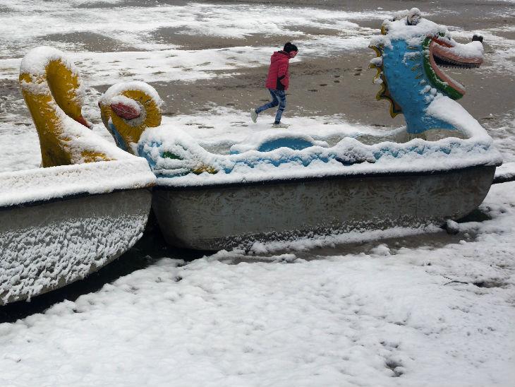 કાશ્મીરમાં હિમવર્ષા - Divya Bhaskar