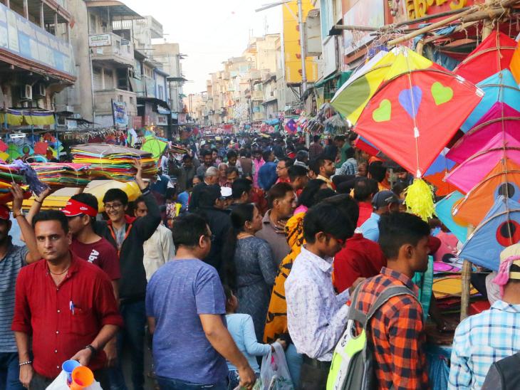 આજે 10થી 17 કિમીની ઝડપે પવન રહેશે જે પતંગ માટે શ્રેષ્ઠ કહેવાય| - Divya Bhaskar