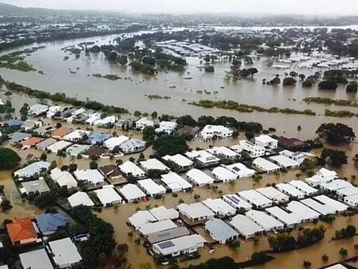 ઓસ્ટ્રેલિયામાં સદીનું વિનાશકારી પૂર, 20,000 મકાનો ડૂબવાની આશંકા; હવે વાવાઝોડાંની શક્યતા વર્લ્ડ,International - Divya Bhaskar