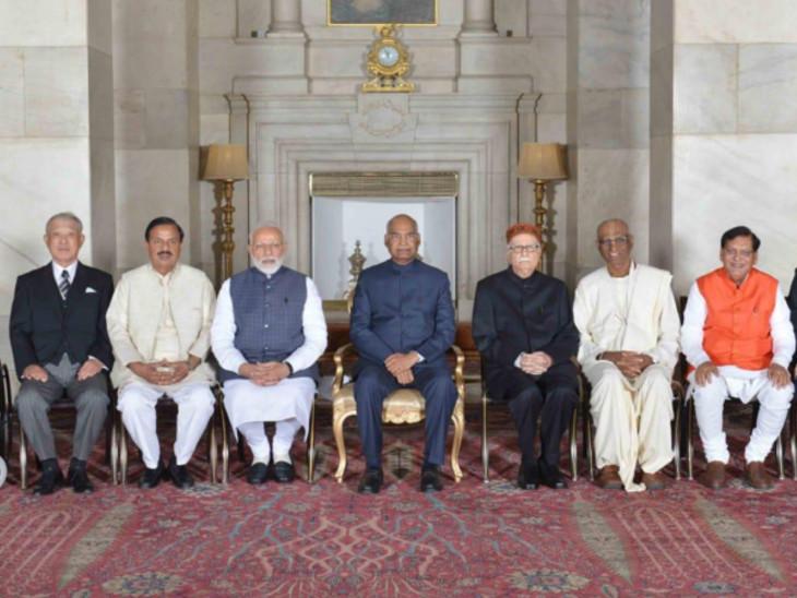 અક્ષયપાત્ર ફાઉન્ડેશનનું 'ગાંધી પીસ પ્રાઈઝ'થી સન્માન|ઈન્ડિયા,National - Divya Bhaskar