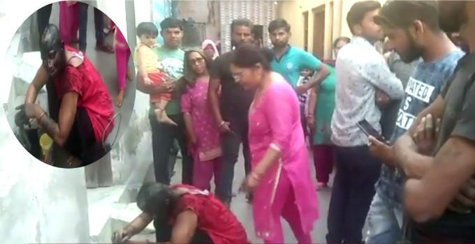 નણંદે ભાભીનું મોંઢુ કાળું કર્યું ને કાપી નાખ્યા વાળ, લોકો જોતા રહ્યા તમાશો  - Divya Bhaskar