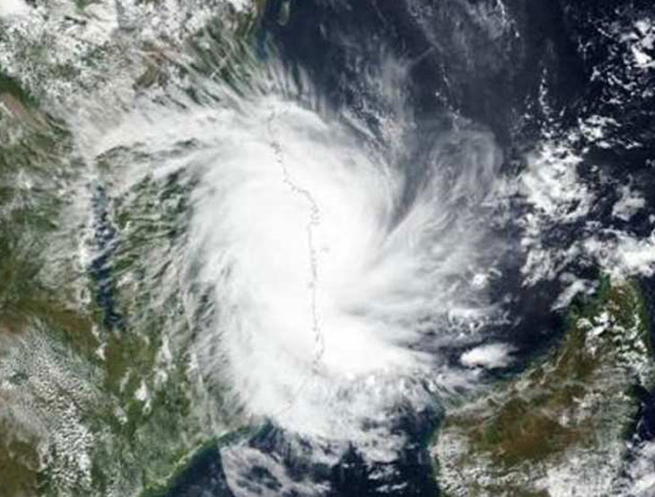 જીઈબીનું AGVKS યુનિયનનાં તમામ સભ્યો કુદરતી વાવાઝોડામાં પ્રજાની પડખે ઊભું રહેશે| - Divya Bhaskar