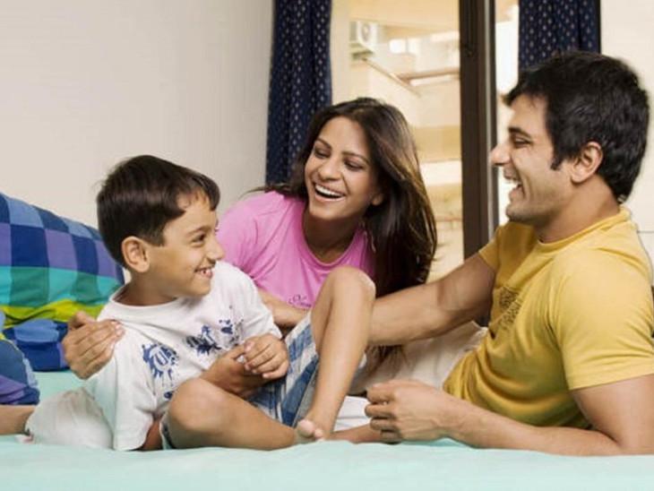 બાળકોને સારી વાતો શીખવાડતી વખતે માતા-પિતાએ એવી ભૂલો ન કરી બેસવી જેની બાળક પર ખરાબ અસર પડે| - Divya Bhaskar