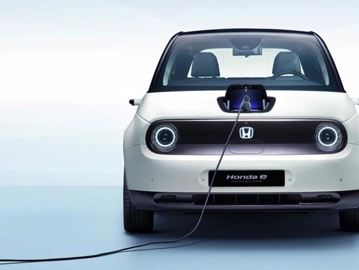 ઈલેક્ટ્રિક કાર Honda 'E' સિંગલ ચાર્જમાં 200 કિમી ચાલશે, સાઇડ મિરર્સને બદલે કેમેરા વિંગ મિરર સિસ્ટમ લગાવવામાં આવશે|ઓટોમોબાઈલ,Automobile - Divya Bhaskar