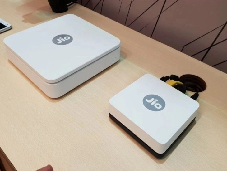 2500 રૂપિયાની રિફન્ડેબલ ડિપોઝિટ પર Jio GigaFiber મળશે, કંપનીએ ભાવ ઘટાડ્યો| - Divya Bhaskar