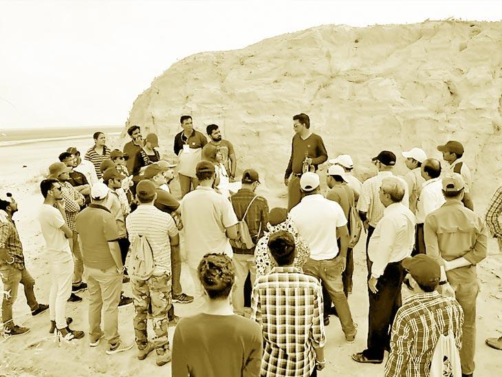 જ્યાં 2000 લોકો મૃત્યુ પામ્યા ત્યાં મૌન પાળ્યું, અલ્લાહબંધની 200મી વરસીએ દેશના 59 સંશોધકોના રણમાં ધામા| - Divya Bhaskar