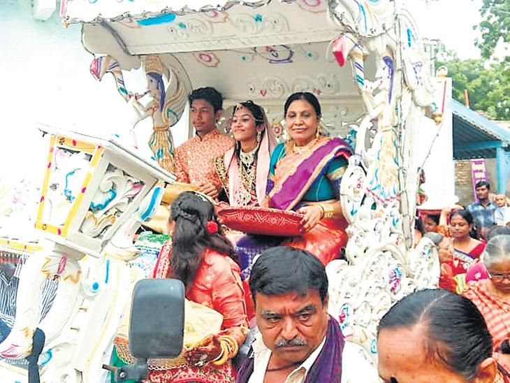 ઝીંઝુવાડામાં 11થી 22 વર્ષના 7 યુવાન મોક્ષનો માર્ગ અપનાવશે સુરેન્દ્રનગર,Surendranagar - Divya Bhaskar