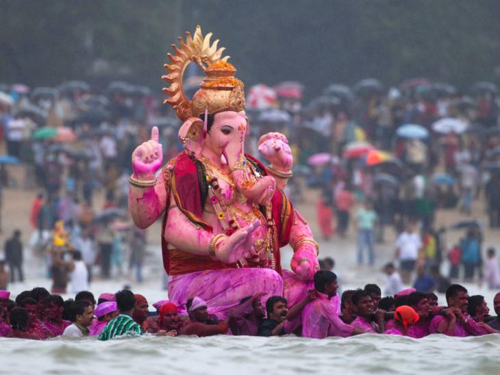 ગણેશ વિસર્જનમાં 3, તાજિયા જુલૂસમાં 20 રસ્તા બંધ રહેશે  - Divya Bhaskar