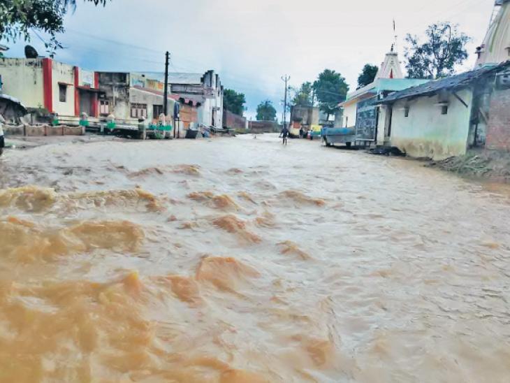 રાજુલામાં આભ ફાટ્યું, 3 કલાકમાં 7.5 ઇંચ, હિંમતનગરમાં 7.7 ઇંચ વરસાદ|મહેસાણા,Mehsana - Divya Bhaskar