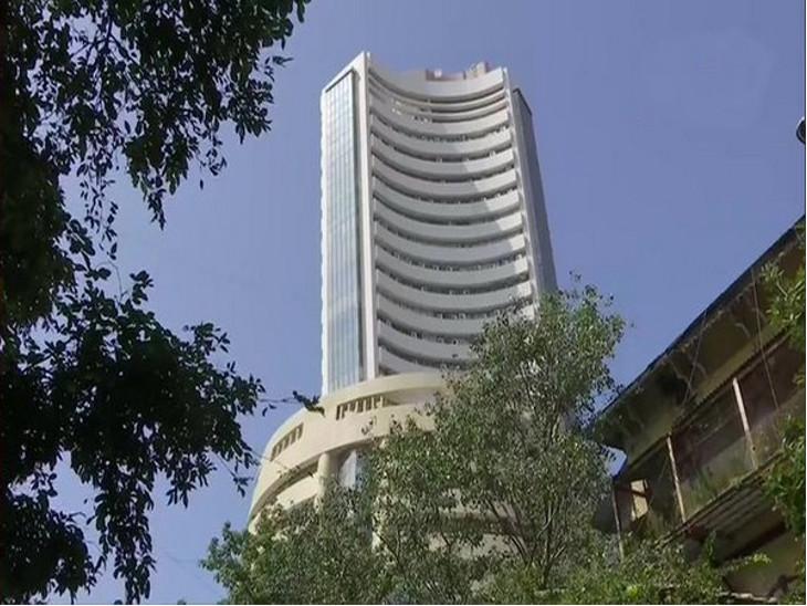 વૈશ્વિક બજારોમાંથી મળેલા સંકેતોને પગલે શેરબજાર 285 પોઇન્ટ ઘટી 41,000 સપાટી નીચે, નિફ્ટી પણ 94 પોઇન્ટ તૂટી  - Divya Bhaskar