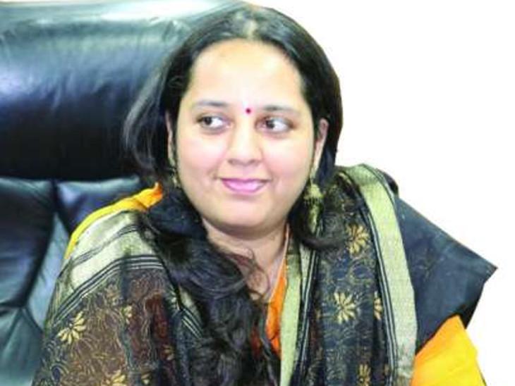 રાજકોટ જિલ્લાના કલેક્ટર રેમ્યા મોહન (ફાઇલ તસવીર) - Divya Bhaskar