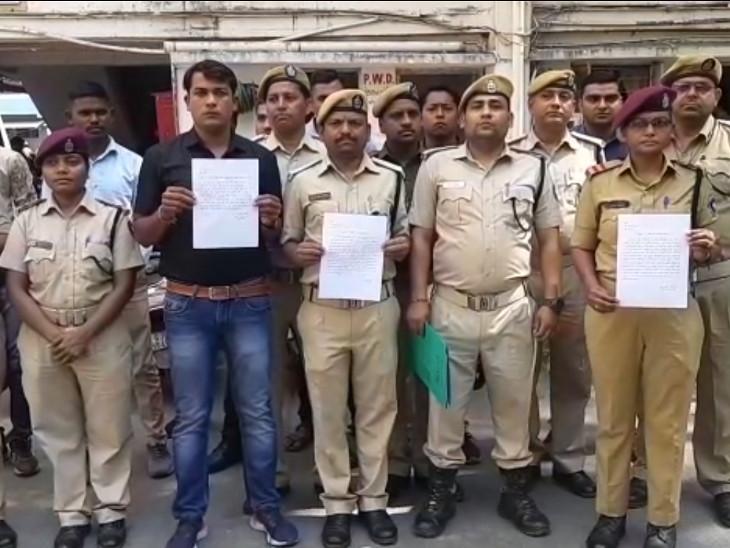 હોમગાર્ડ સી ઝોનના કમાન્ડિંગ ઓફિસરના અસભ્ય વર્તનથી હોમગાર્ડના જવાનોએ છૂટા કરવાની માંગ કરી|સુરત,Surat - Divya Bhaskar