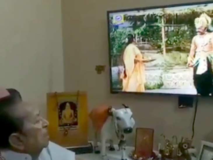 'રામાયણ'માં રાવણ બનેલા અરવિંદ ત્રિવેદી સીતા અપહરણનો સીન જોઈ ભાવુક બન્યા|ટીવી,TV - Divya Bhaskar