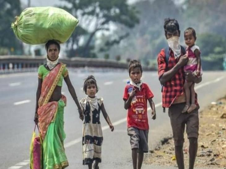 રસ્તામાં ચોર શ્રમિકનો સામાન ચોરવા આવ્યા પણ, તેની મજબૂરી જોઈને સામેથી 5 હજાર રૂપિયા આપીને ગયા|ઈન્ડિયા,National - Divya Bhaskar