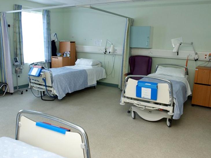 20થી વધુ બેડની ખાનગી હોસ્પિટલોમાં 50 ટકા બેડ કોરોનાના દર્દીઓ માટે ફાળવવા સરકારનો આદેશ અમદાવાદ,Ahmedabad - Divya Bhaskar