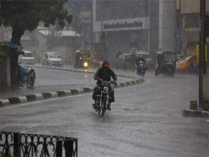 સમગ્ર દક્ષિણ ગુજરાતમાં ધોધમાર વરસાદ, નવસારી, જલાલપોર, ચીખલી, વાપી અને પારડીમાં 4 ઈંચથી વધુ સુરત,Surat - Divya Bhaskar
