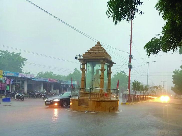 ભચાઉ - Divya Bhaskar