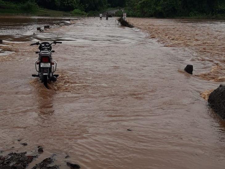 છેલ્લા 24 કલાકમાં દક્ષિણ ગુજરાતના 30 તાલુકામાં વરસાદ, ઉમરપાડામાં 6, માંગરોળમાં 4 ઈંચ સુરત,Surat - Divya Bhaskar
