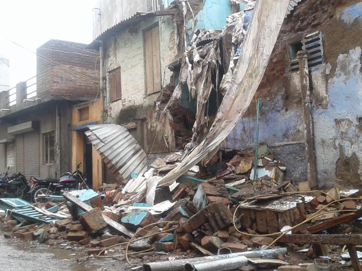 ભાવનગરમાં બે માળનું મકાન ધરાશાયી થયું