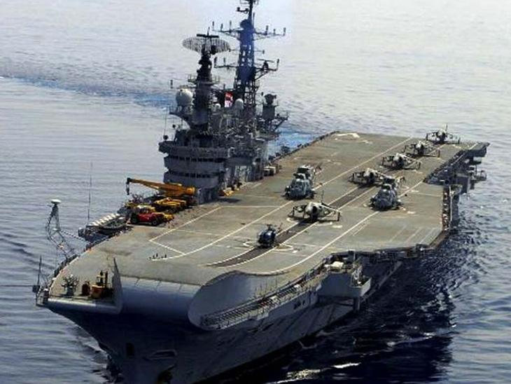 ભારતીય નેવીનું ઐતિહાસિક યુદ્ધ જહાજ INS વિરાટ જહાજ બ્રેકીંગ માટે સપ્ટેમ્બરમાં અલંગ ખાતેે આવશે|ભાવનગર,Bhavnagar - Divya Bhaskar