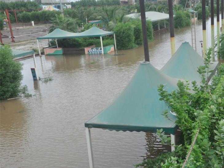 દક્ષિણ ગુજરાતની નદીઓ બે કાંઠે, સૌથી વધુ ઉમરપાડામાં 3 ઈંચ વરસાદ ખાબક્યો|સુરત,Surat - Divya Bhaskar