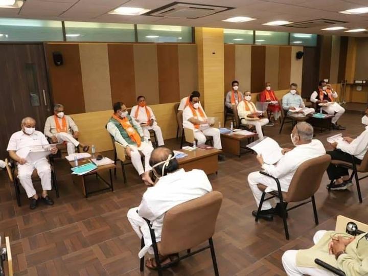 મંત્રીઓ ભાજપ કાર્યાલયમાં બેસવા લાગ્યા. - Divya Bhaskar