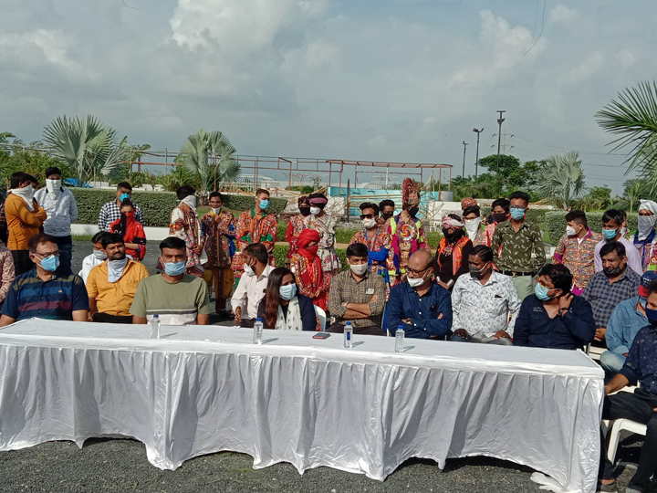 આયોજકો એક મંચ પર : છેલ્લી અરજ અમારી સુણજો રે સરકાર! - Divya Bhaskar