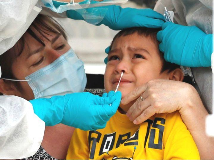 બાળકોના નાક અને ગળામાં ઘણા અઠવાડિયા સુધી કોરોનાવાઈરસ રહી શકે છે, આવા એસિમ્પ્ટોમેટિક દર્દીઓથી વસ્તીમાં સંક્રમણ ફેલાવાનું જોખમ કોરોના - વેક્સિનેશન,Coronavirus - Divya Bhaskar