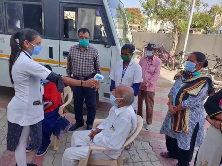 રાજકોટમાં 99 કેસ, 26નાં મોત, જામનગરમાં 108 કેસ નોંધાયા, જસદણમાં જલારામ મંદિરના 6 સ્વયં સેવકોનો કોરોના રિપોર્ટ પોઝિટિવ|રાજકોટ,Rajkot - Divya Bhaskar