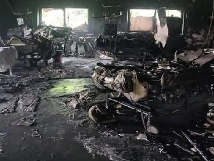 શ્રેય હોસ્પિટલમાં લાગેલી આગની ઘટનાની ફાઇલ તસવીર. - Divya Bhaskar