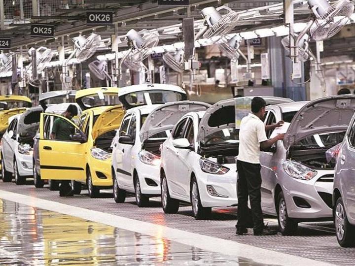 કાર અને ટુ-વ્હિલર વેચાણોમાં સપ્ટેમ્બરમાં ડબલ ડિજિટ ગ્રોથ, નિકાસમાં ધીમો સુધારો|બિઝનેસ,Business - Divya Bhaskar
