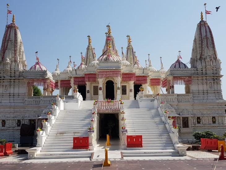 ગોંડલ અક્ષર મંદિરમાં વિશિષ્ટ ઉજવણી કરવામાં આવશે, મહંત સ્વામી વૈશ્વિક મહાપૂજામાં ઓનલાઇન આશીર્વાદ આપશે|રાજકોટ,Rajkot - Divya Bhaskar