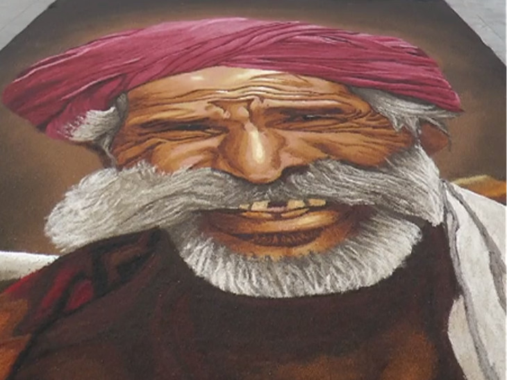 ખેડૂતના ચહેરા પર ઝલકતું સ્મિત